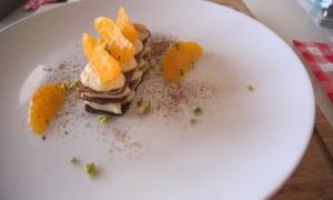 Video – Receta: Milhojas Caramelizado con Crema de Vainilla y Naranja