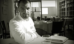 """""""Momentos Gourmet"""" – Hablamos con el chef Julio Fernández, Abantal, Sevilla"""