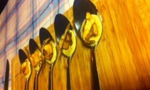 Video-Receta: Cuchara de Foie y Alcachofa con Aceite de Vainilla