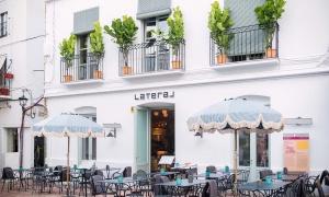 Lateral Naranjos, la nueva propuesta gastronómica en Marbella