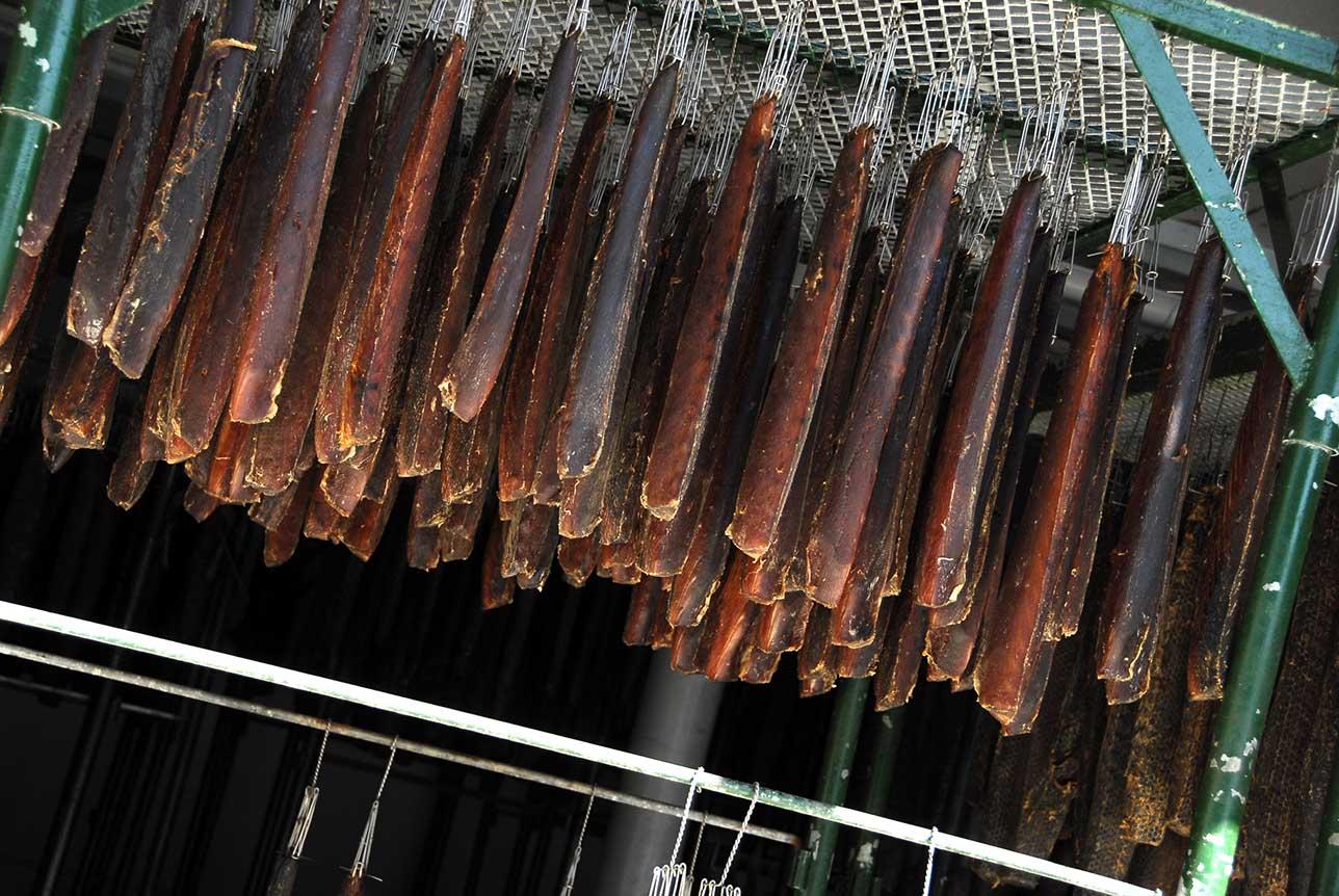 Secado de los lomos de atún